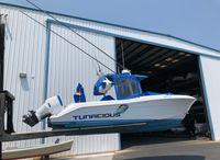 2000 Hydra-Sports 2800 Vector CC