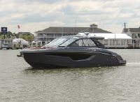 2021 Cruisers Yachts 42 GLS South Beach Outboard
