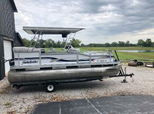 1999 Sweetwater 1800CF