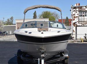 2003 Sea Ray 220 Bow Rider