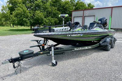 2017 Skeeter FX 20 Limited Edition