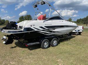 2010 Four Winns Deck Boat
