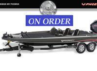 2022 Phoenix Bass Boats 818 Pro