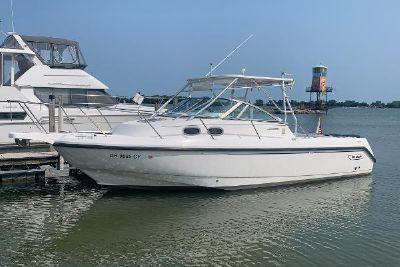 2001 Boston Whaler 285 Conquest