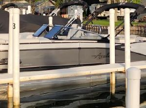 2021 Avalon Catalina Platinum Windshield