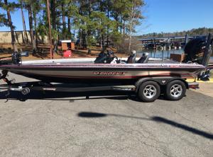 2016 Phoenix Bass Boats 921 ProXP