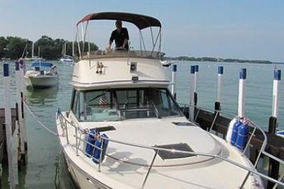 1985 Tiara Yachts 3100 Open