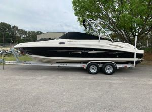 2007 Sea Ray SUNDECK 270