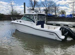 2012 Boston Whaler 315 Conquest
