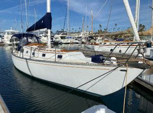 1974 Islander 44