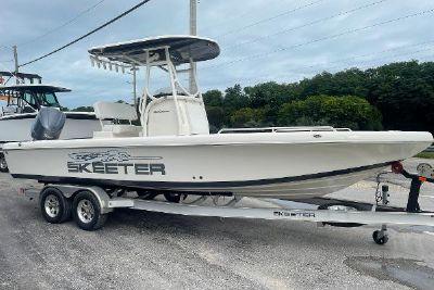 2021 Skeeter 2550 Family