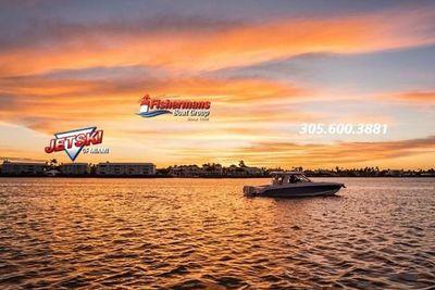 2022 Boston Whaler 380 Realm