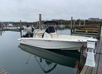 2021 Boston Whaler 220 Dauntless