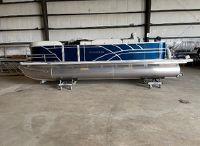 2021 Sylvan Mirage 8522 Party Fish