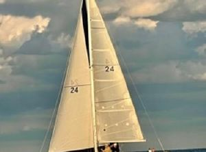 1990 Catalina 28 tall rig, wing keel