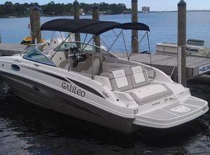2011 Sea Ray Sundeck 260