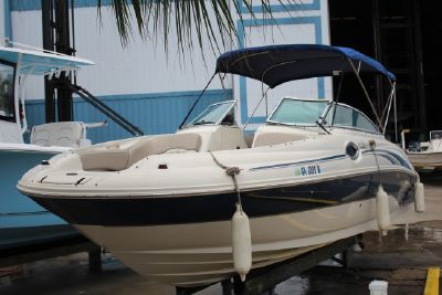 Sea Ray 240 Sundeck boats for sale - Boat Trader
