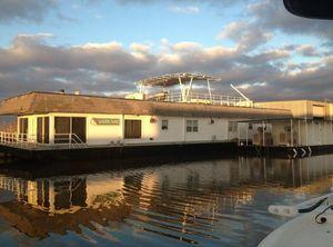 Houseboat for sale - Boat Trader