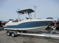 2020 Finseeker 230 Center Console