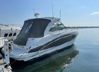 2014 Cruisers Yachts 380 Express