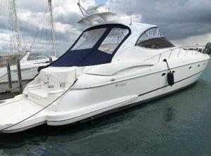 2003 Cruisers Yachts 540 Express