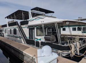 1993 Lakeview Multi Owner Houseboat