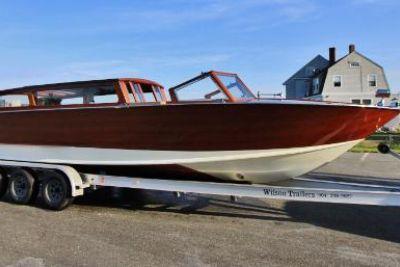 2003 Custom Luxury Venetian Water Taxi