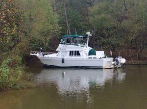 2001 Mainship 3 Stateroom 430 Trawler