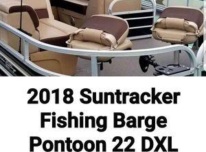 2018 Sun Tracker 22 DXL Fishing Barge