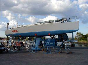 1990 Sailboat Dumas