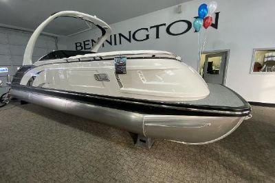 2021 Bennington QX 25 SBWASD