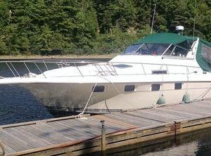 1990 Cruisers 3370 Esprit