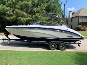2020 Yamaha Boats 242 Limited S E-Series