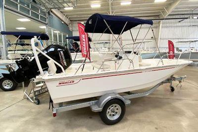 2022 Boston Whaler 170 Montauk