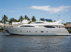 2003 Ferretti Yachts Custom Line Motoryacht