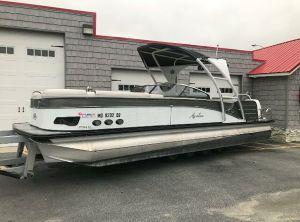2019 Avalon 2785 Catalina Platinum Windshield Elite, Tri Toon High performance