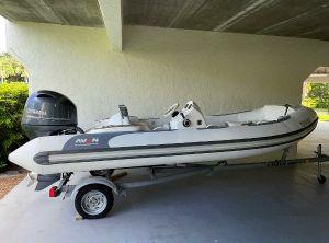 2018 Avon Seasport SE 490 DL