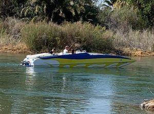 2003 Placecraft Deckboat
