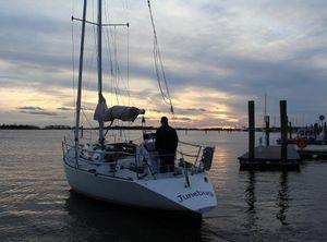 1985 J Boats 34