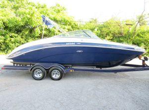 2013 Yamaha Boats 242 Limited
