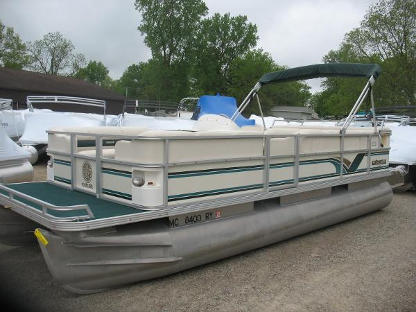 Used 2000 Crest Pontoon Boats Crest Ii Dl Manitou Beach Mi 49253