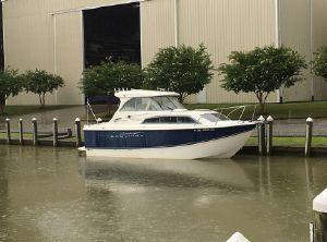 2009 Bayliner Discover 246