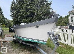 2020 Lady Bug Boats Manomet 18