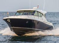 2022 Tiara Yachts 39 Coupe