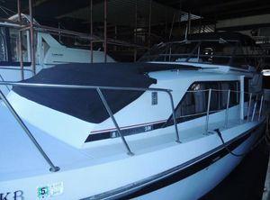 1988 Chris-Craft Catalina 381