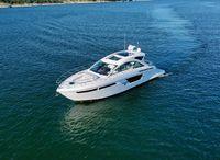 2019 Cruisers Yachts 54 Cantius