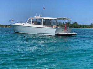 2016 MJM Yachts 502
