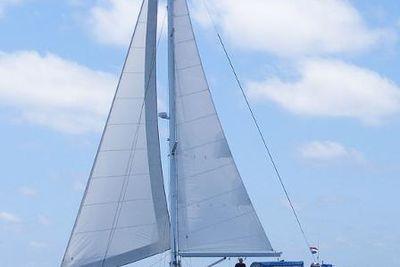 2010 Bruce Roberts 432B