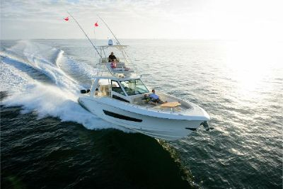 2022 Boston Whaler 420OR