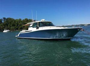 2017 Tiara Yachts Q 44
